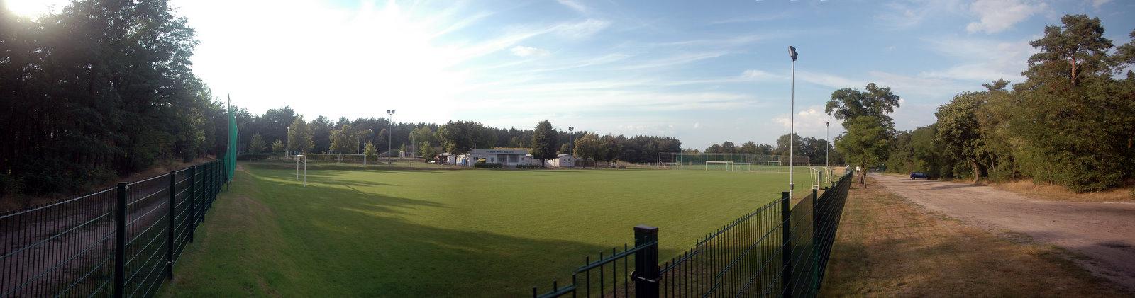 2009-08-06 Sportplatz Panorama